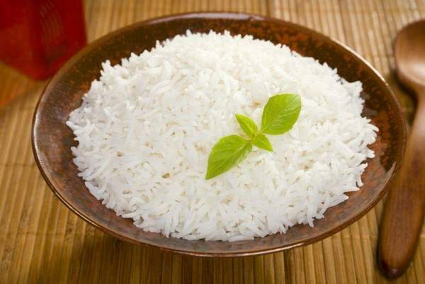 Если болит желудок можно есть рис thumbnail